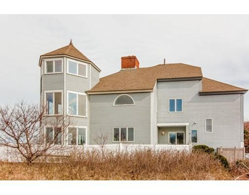 2 Massasoit Ave, Plymouth, MA 02360