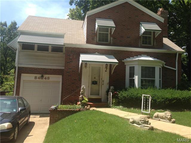 8448 Ardsley Drive, St Louis, MO 63121
