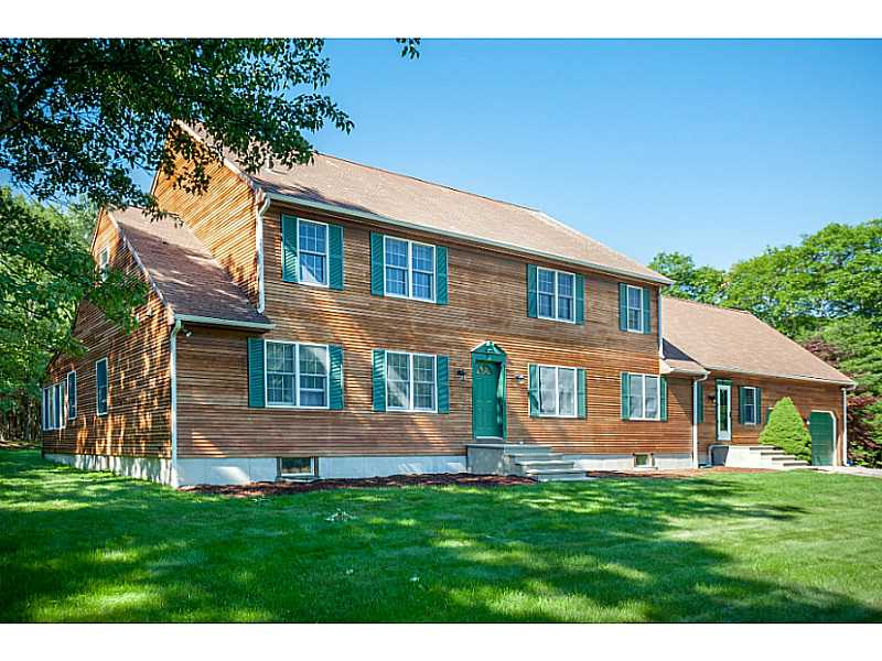 277 John Potter Rd, West Greenwich, RI 02817