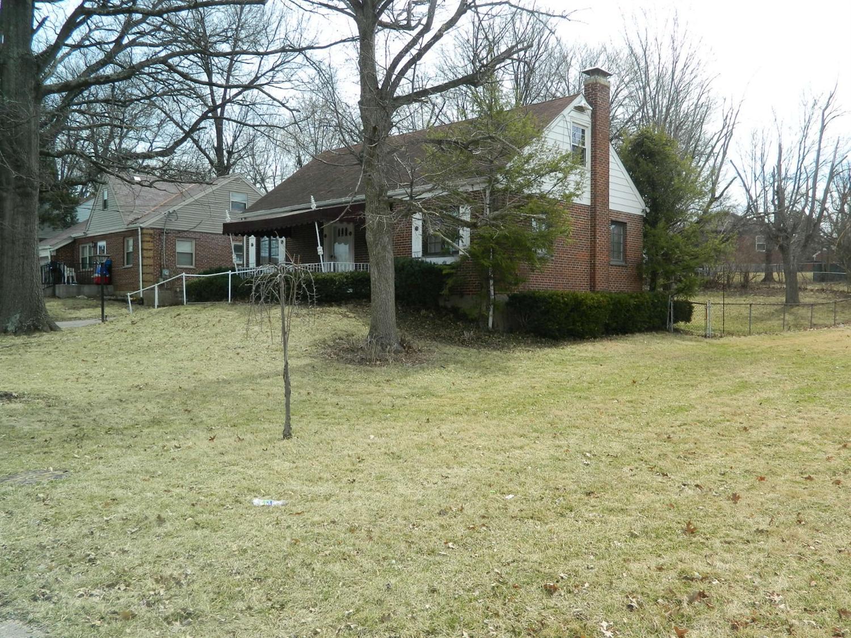1235 West Galbraith Road, Cincinnati, OH 45231