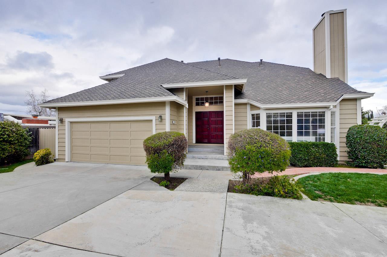 7667 Echo Hill Ct, Cupertino, CA 95014