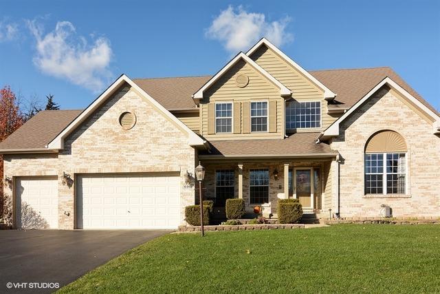 690 Castlewood Drive, Streamwood, IL 60107