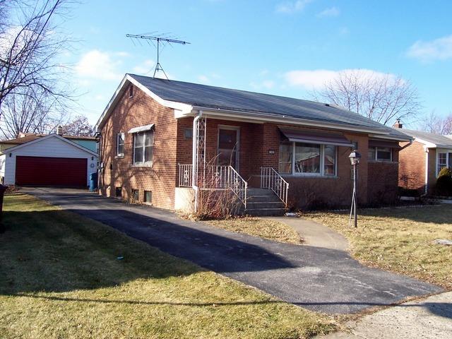 748 Cedar Lane, Chicago Heights, IL 60411