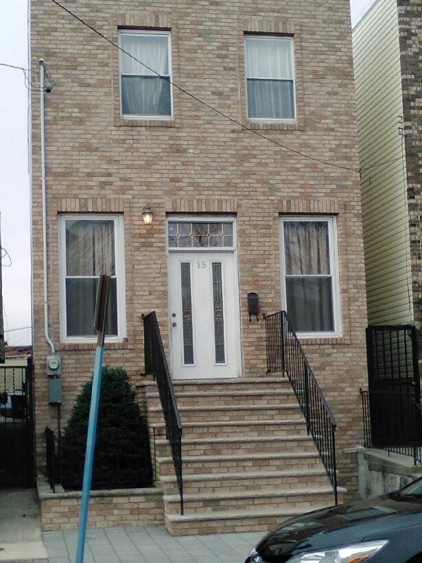 15 Wales Ave, Jersey City, NJ 07306