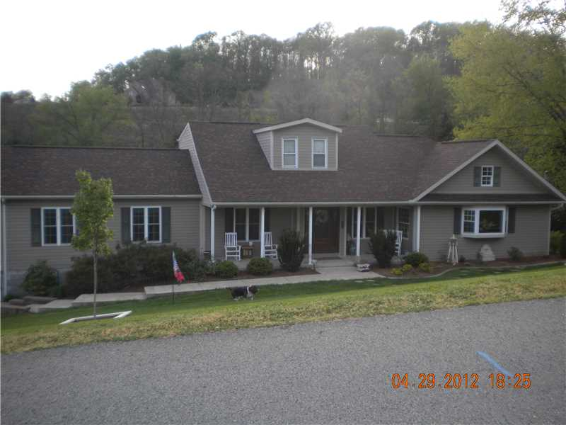 2646 Messinger Lane, White Oak, PA 15131
