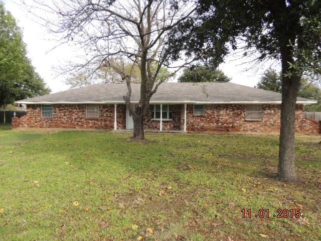 3011  Roosevelt Drive, Dalworthington Gardens, TX 76016