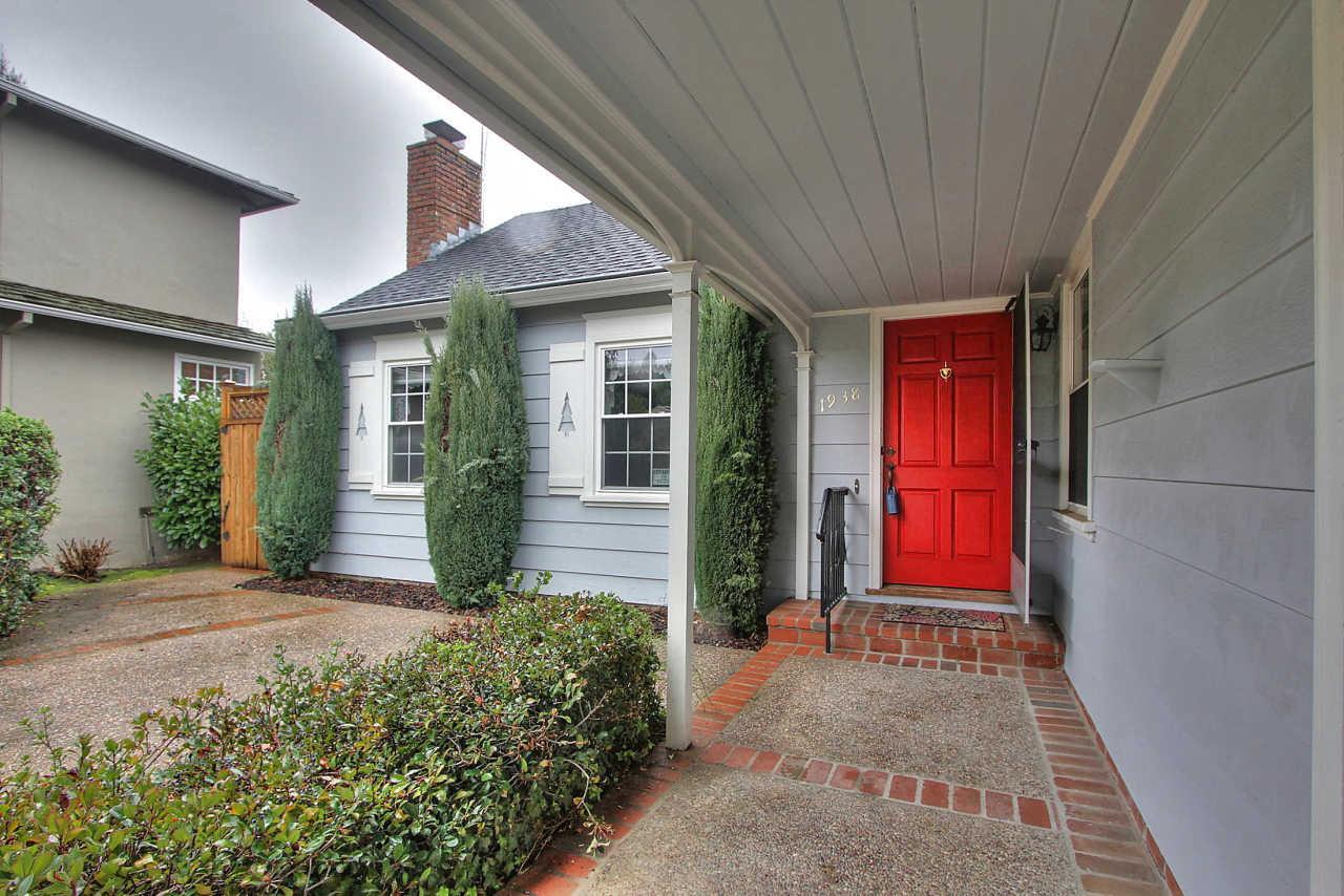 1938 Eaton Ave, San Carlos, CA 94070