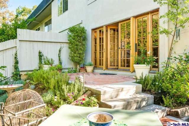 1045 South Orange Grove Boulevard #6, Pasadena, CA 91105