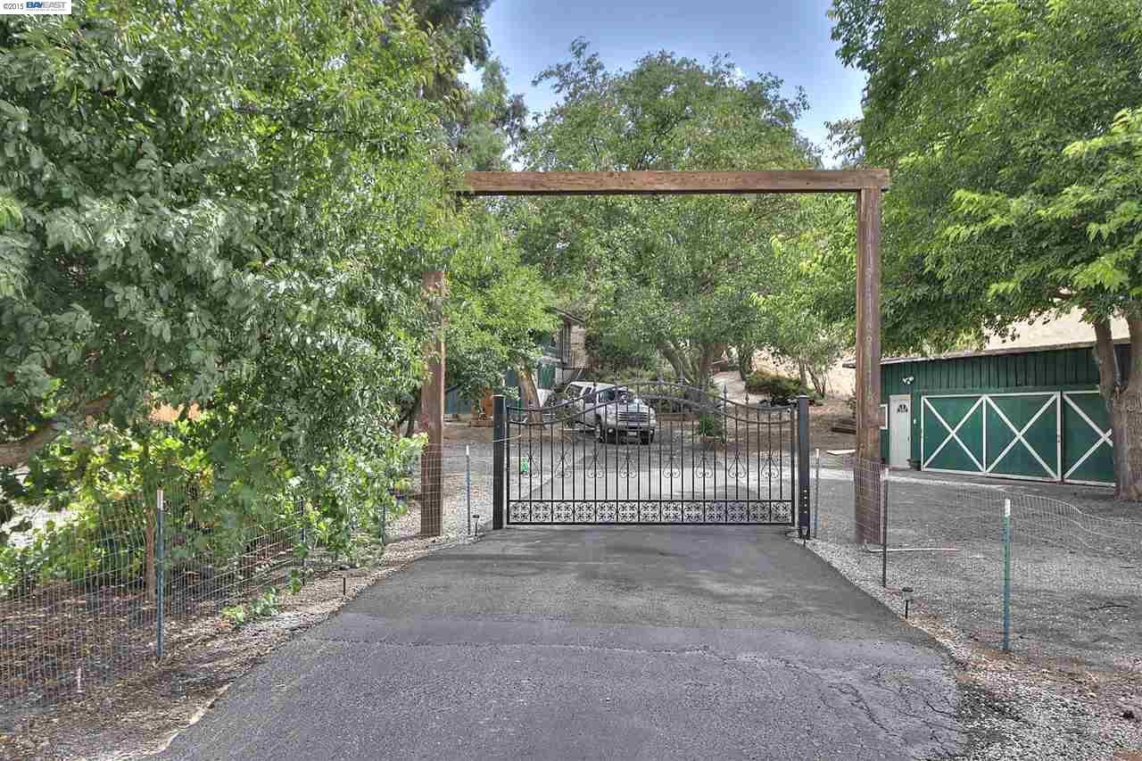 4221 Las Positas Rd, Livermore, CA 94551
