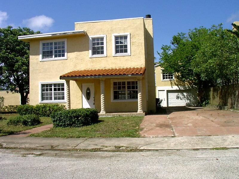 921 Ortega Road, West Palm Beach, FL 33405