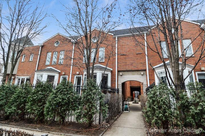 1800 North Fremont Street, Chicago, IL 60614