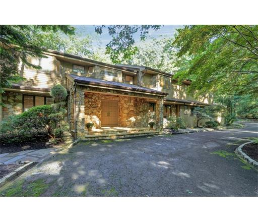 12 Beaverdam Drive, East Brunswick Twp., NJ 08816