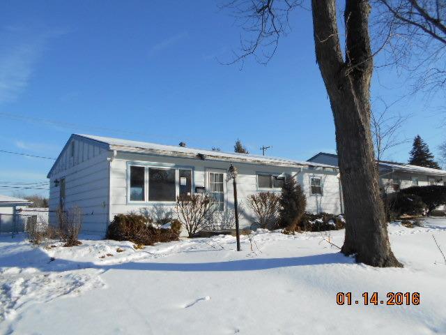 610 Larkdale Row, Wauconda, IL 60084