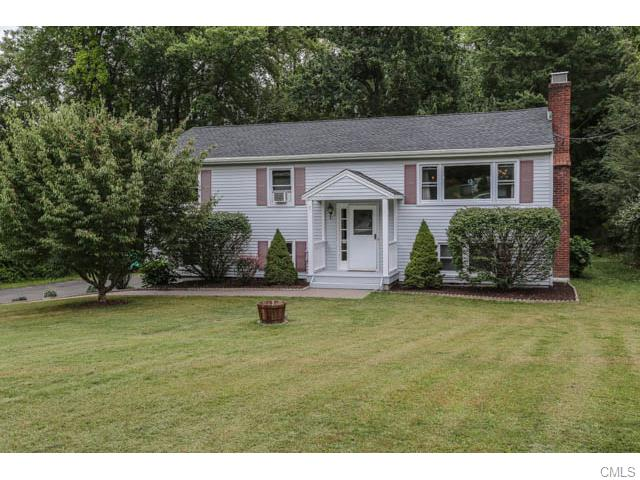 7 Abigail Road, Danbury, CT 06811