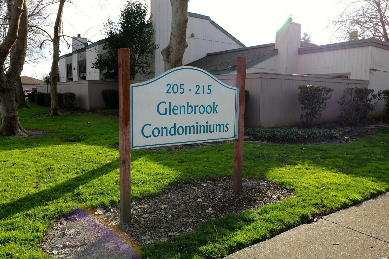 205 Stony Point Road, Santa Rosa, CA 95401