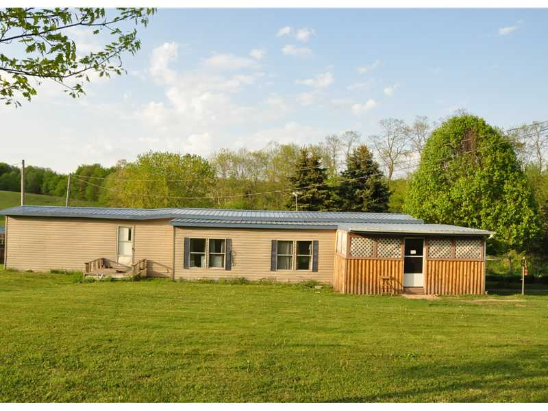 832 Seven Hills Road, Concord Twp, PA 16025