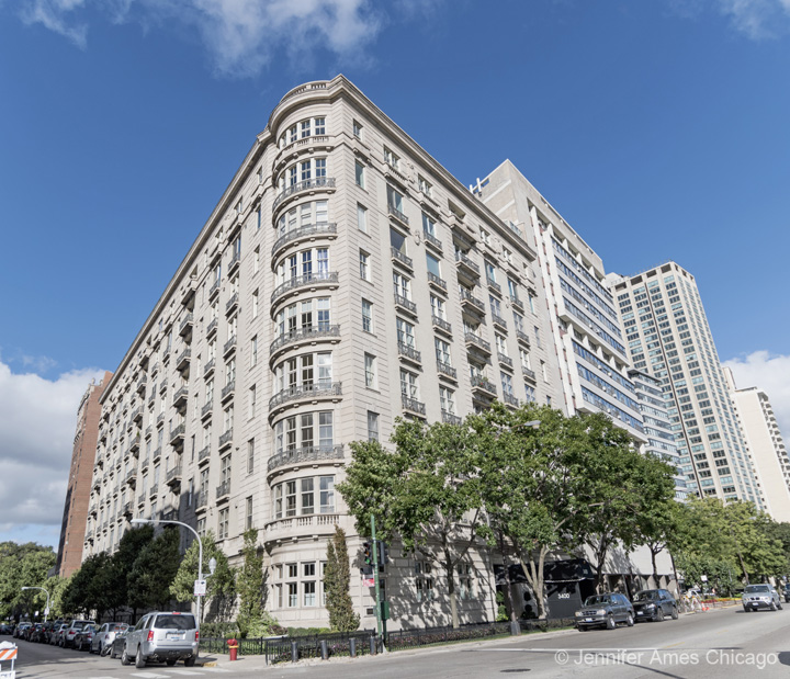 3400 North Lake Shore Drive, Chicago, IL 60657