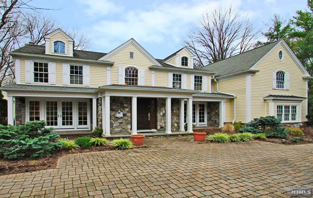 75 Edward St, Demarest, NJ 07627