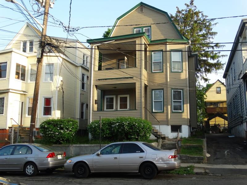 224 Lawrence St, Paterson City, NJ 07501