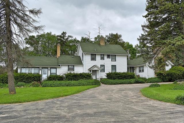 180 Old Sutton Road, Barrington Hills, IL 60010