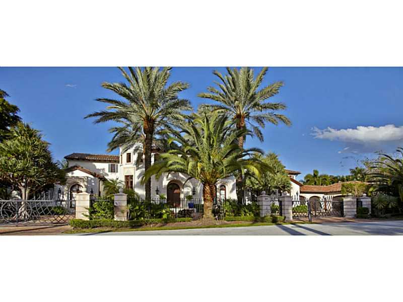 2571  Del Lago Dr, Fort Lauderdale, FL 33316
