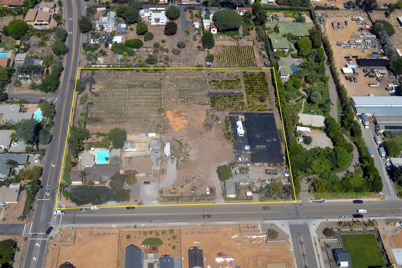 1205 Santa Fe Dr, Encinitas, CA 92024