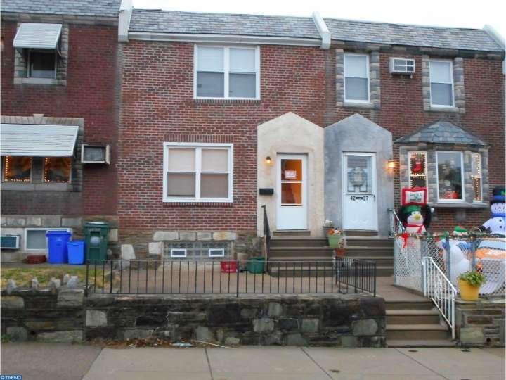 4225 Oakmont St, Philadelphia, PA 19136