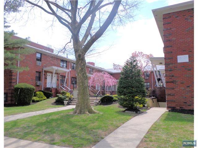 132-134 Myrtle Ave, Fort Lee, NJ 07024