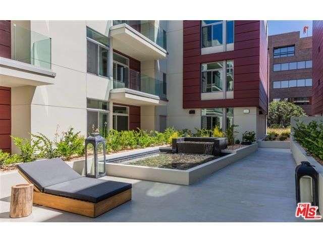 119 S Los Robles Ave, Pasadena, CA 91101