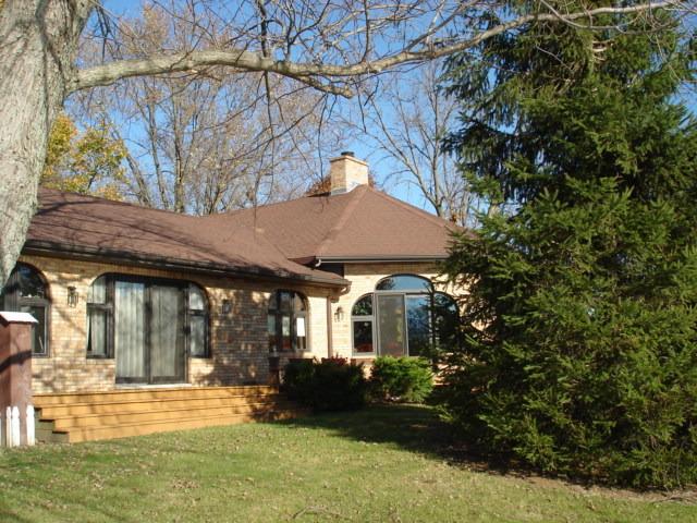 107 Walker Court, Cissna Park, IL 60924