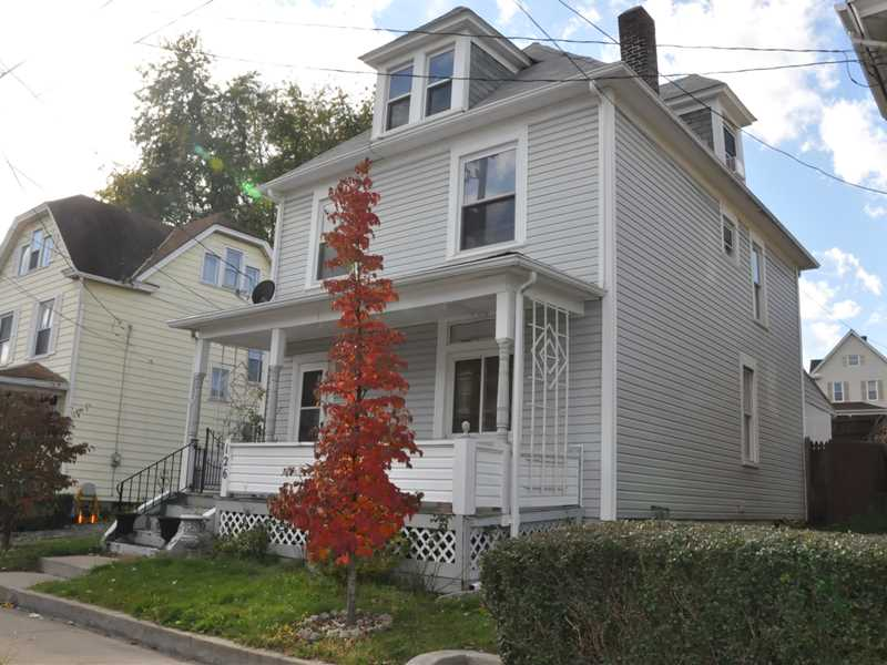 126 Fourth Ave., City Of But Nw, PA 16001