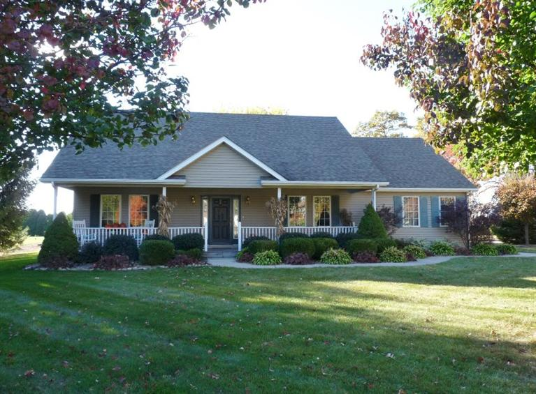 146 East 652 South, Kouts, IN 46347