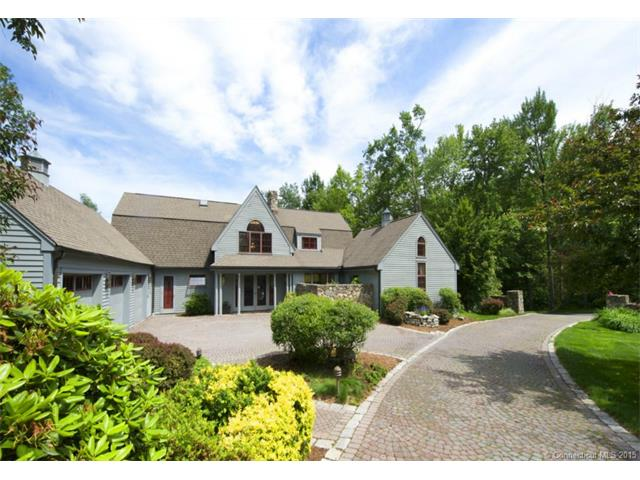 4  Up The Rd, Simsbury, CT 06092