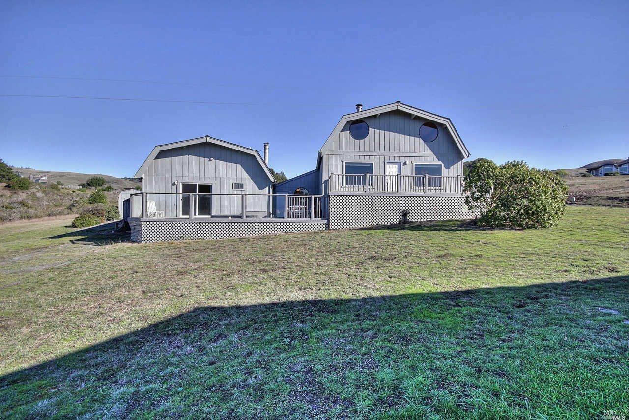 369 Los Santos Drive, Bodega Bay, CA 94923