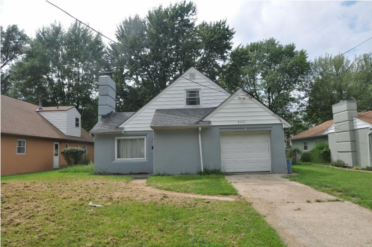 8303 Wexford Avenue, Sycamore Twp, OH 45236