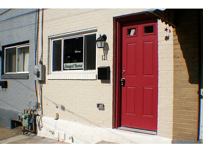 121 40th St, Lawrenceville, PA 15201