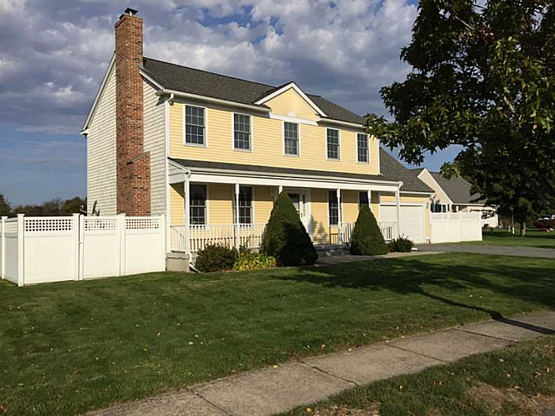 42 Moy Ct, Middletown, RI 02842