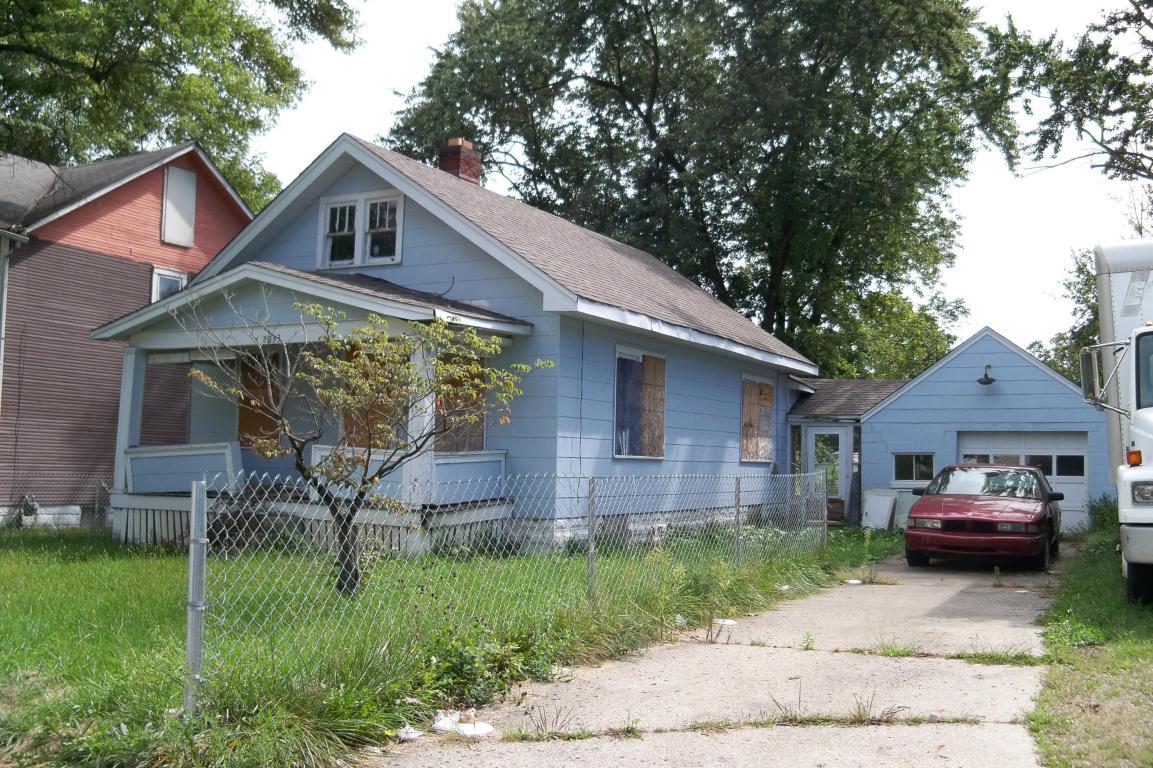 2033 Denune Avenue, Columbus, OH 43211