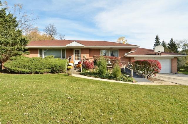 11 Pine Tree Road, Northbrook, IL 60062