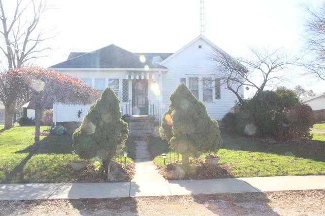 305 West Thomas Street, Martinton, IL 60951