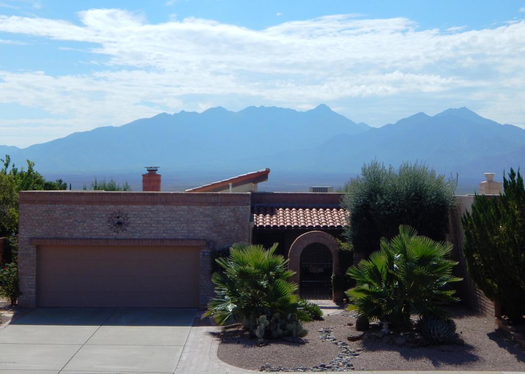 3851 S Via De La Urraca, Green Valley, AZ 85622
