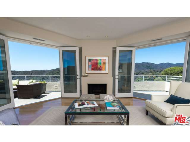 2265 Westridge Rd, Los Angeles, CA 90049
