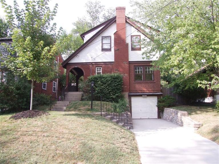 3032 Kinmont Street, Cincinnati, OH 45208