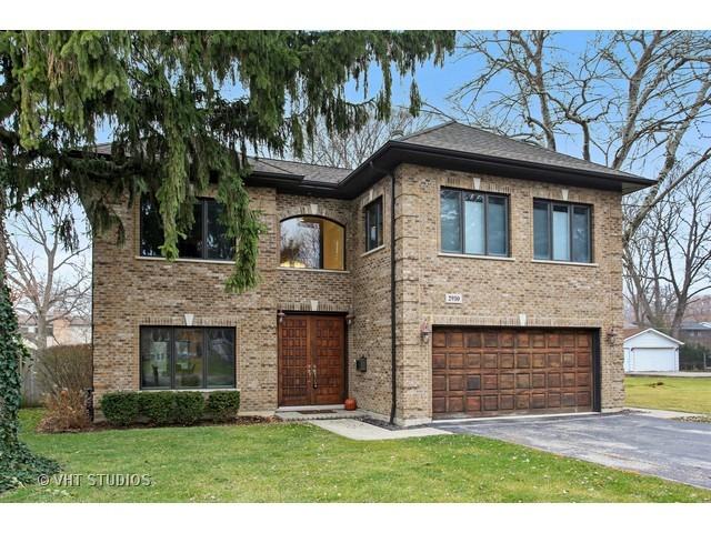 2930 Greenwood Avenue, Highland Park, IL 60035