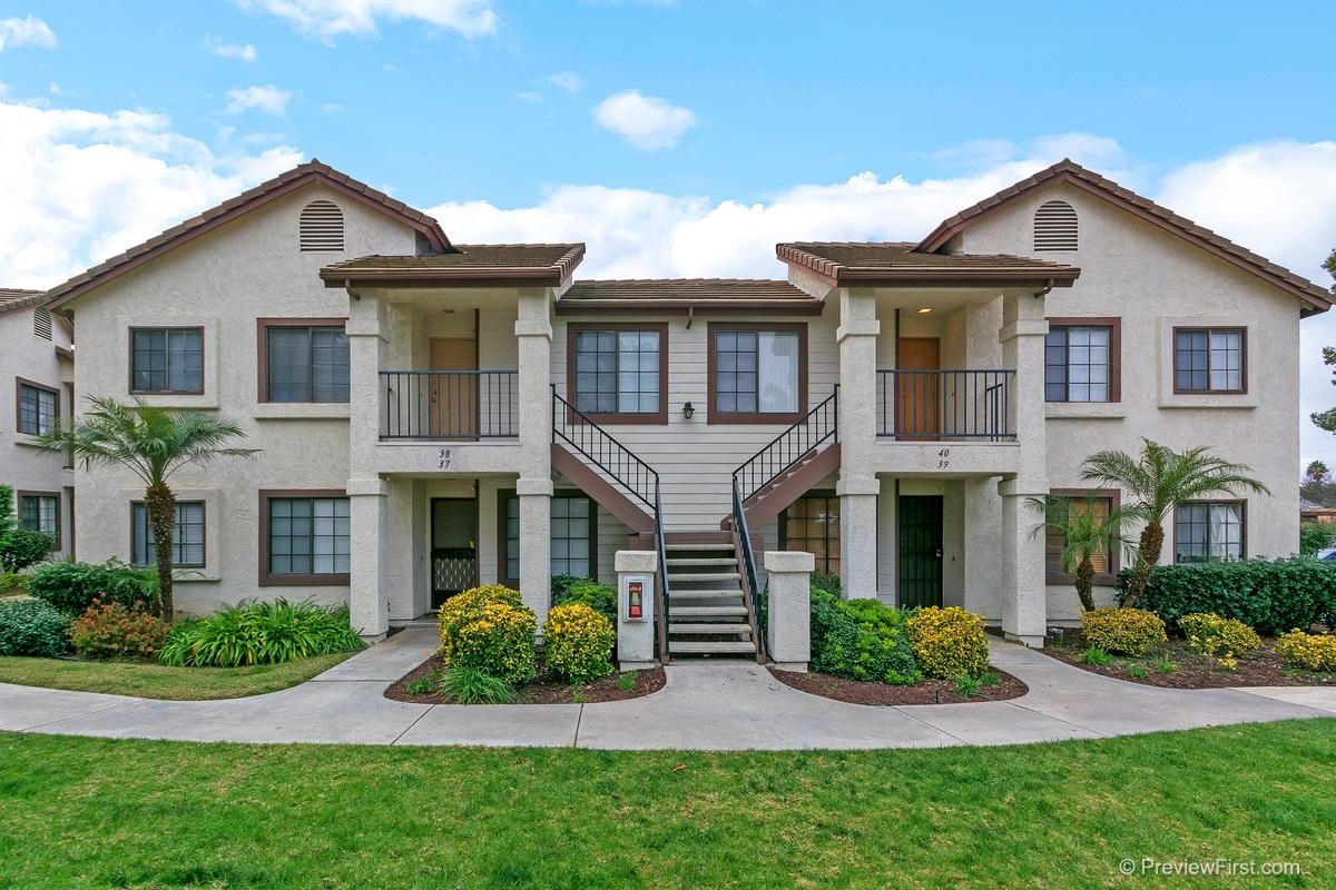 8512  Summerdale  38, San Diego, CA 92126