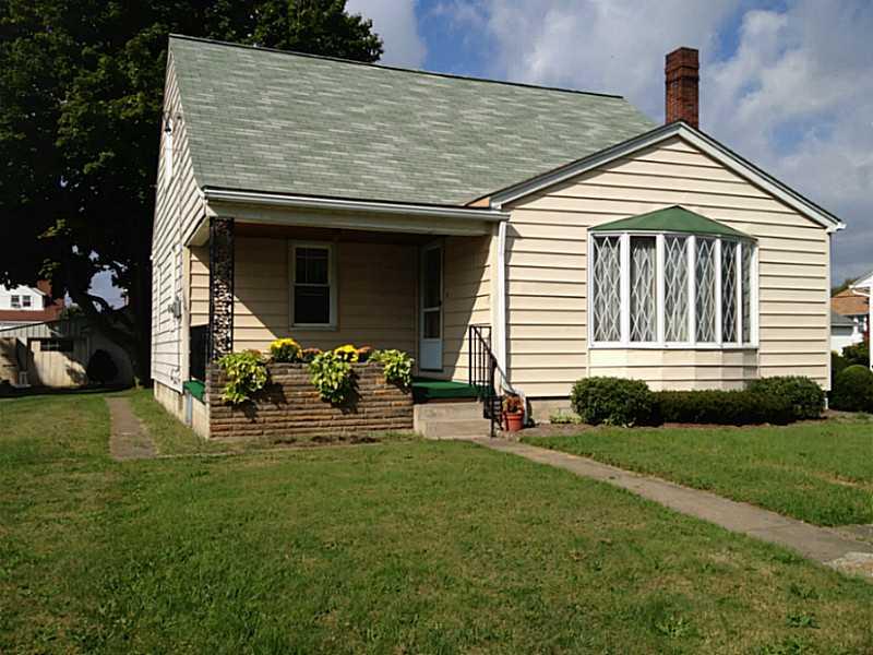 305 Martin, Ellwood City - Law, PA 16117