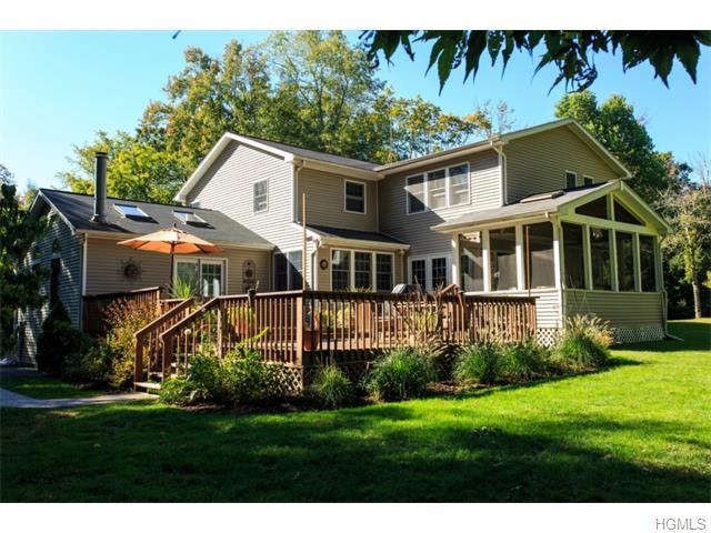 571 Croton Heights Road, Yorktown Heights, NY 10598