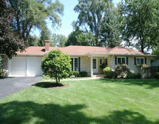 1125 Woodview Road, Burr Ridge, IL 60527