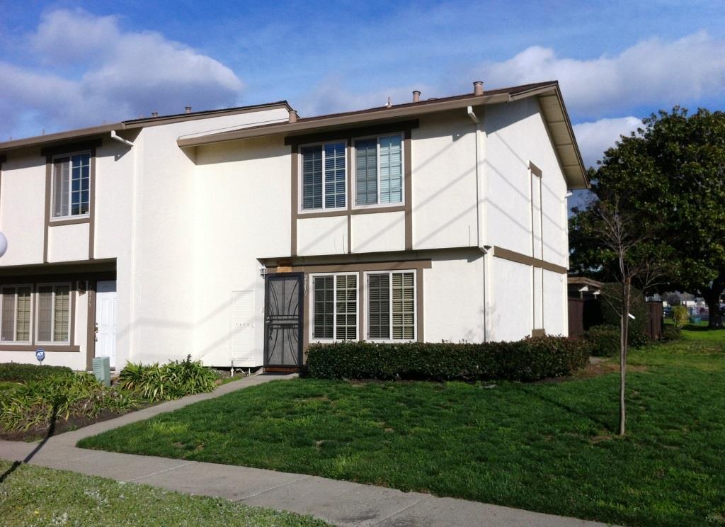 2379 Arf Ave, Hayward, CA 94545
