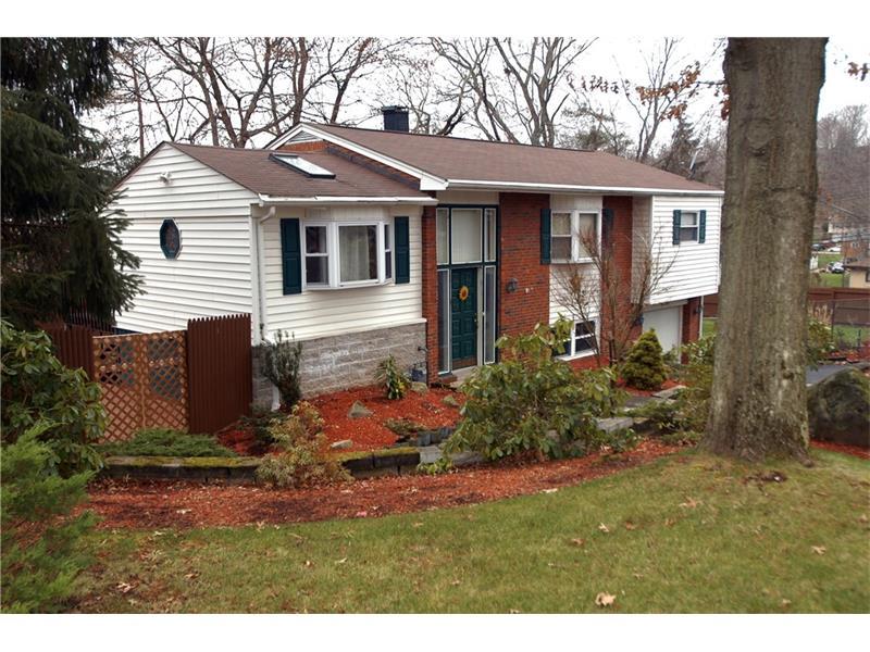 470 Torwood Lane, Pleasant Hills, PA 15236